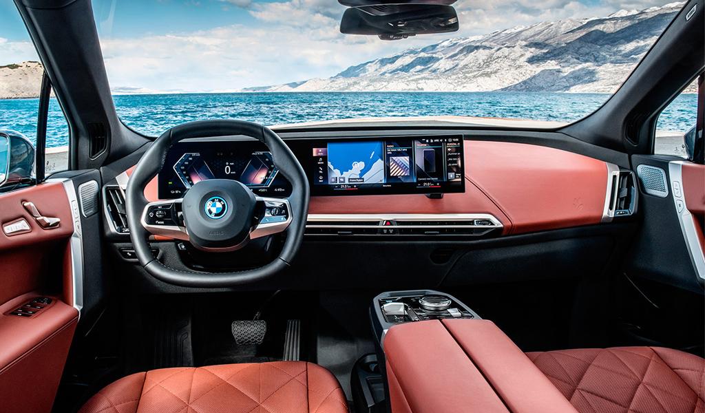 Салон BMW iX