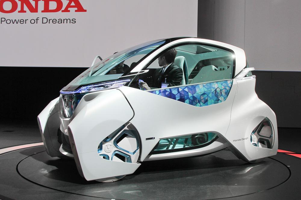 Как заявил производитель, будущая модель должна стать первым целиком поддерживающим электрификацию автомобилей на рынке Китая