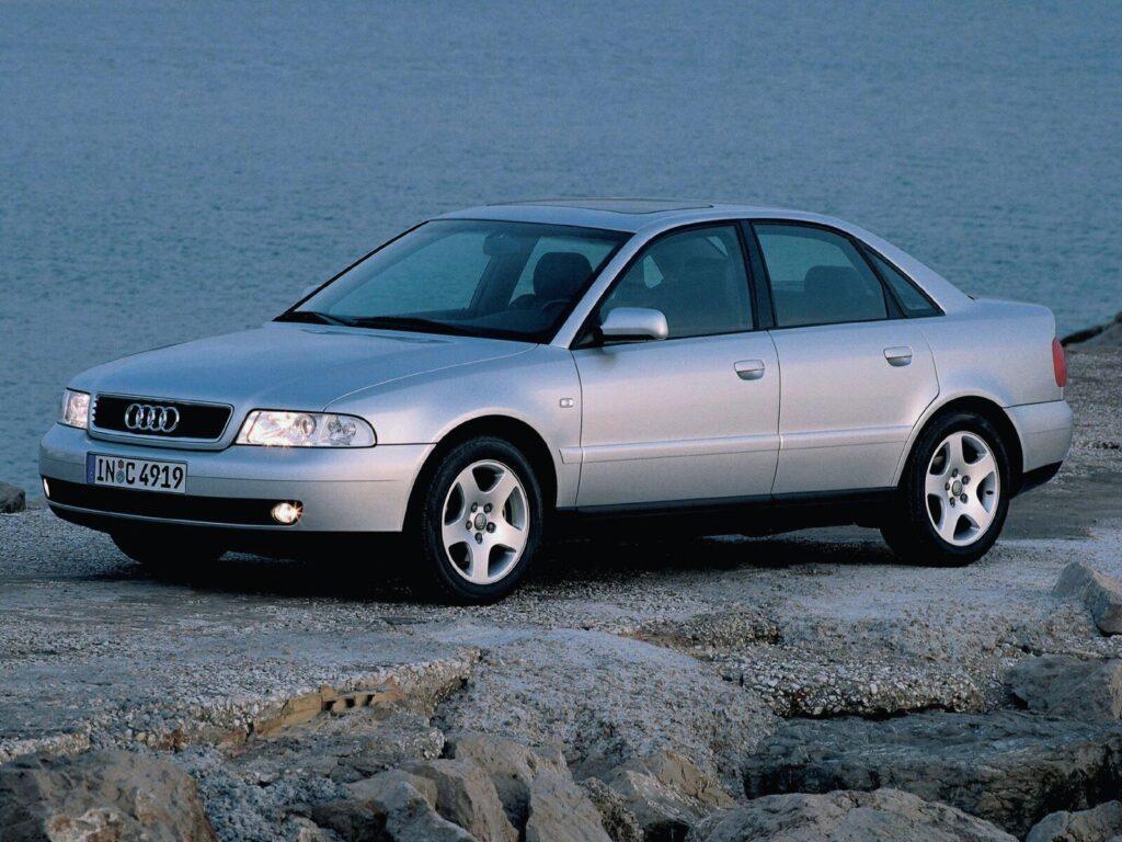 Руководство компании Audi приняло решение отозвать более пятисот своих автомобилей, проданных в России