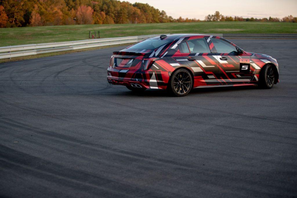 Продажи спорткаров CT4-V и CT5-V в исполнении  Blackwing стартуют в июне 2021 года