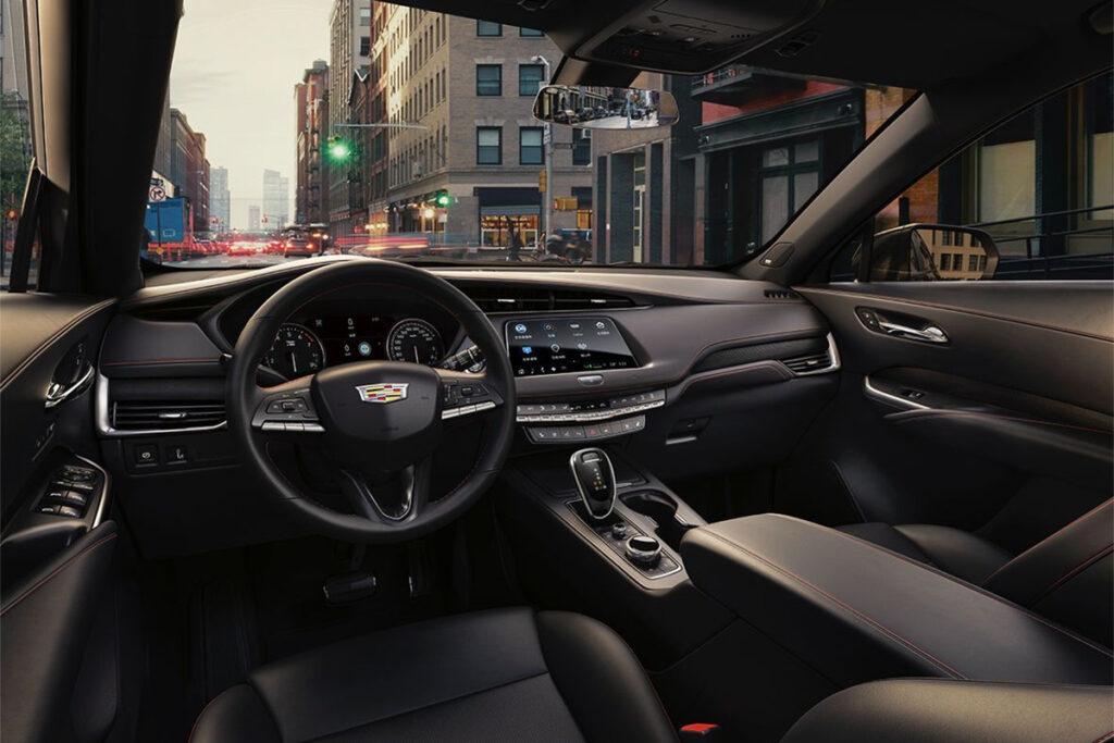 Салон Cadillac XT4