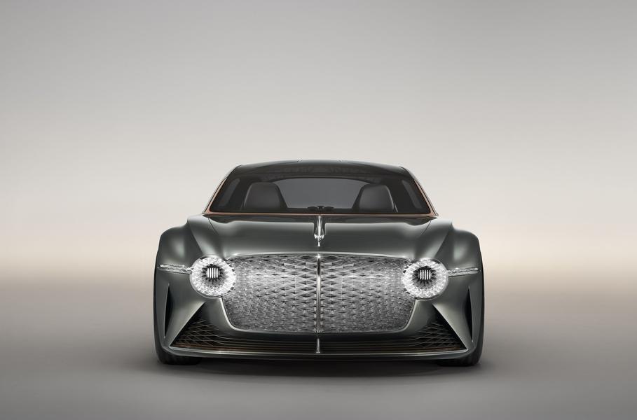 Bacalar проектировался с оглядкой на концепт Бентли EXP 100 GT
