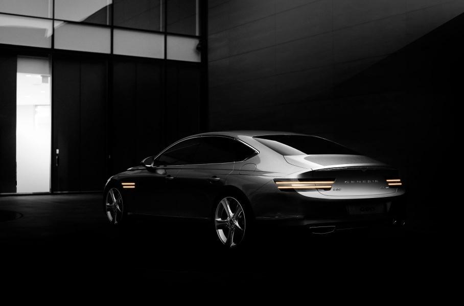 Вероятно, что автомобиль получит турбированный бензиновый ДВС на 2,5 и 3,5 литра