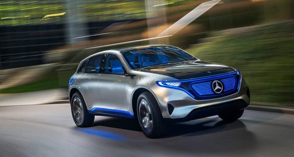 Известно, что в их число войдут варианты Mercedes-Benz EQS, EQA и EQB