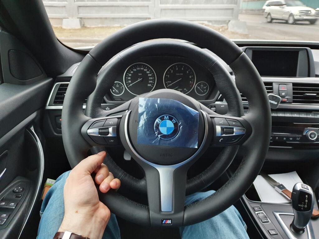 На текущий момент почти все новые автомобили имеют первый класс автопилотирования