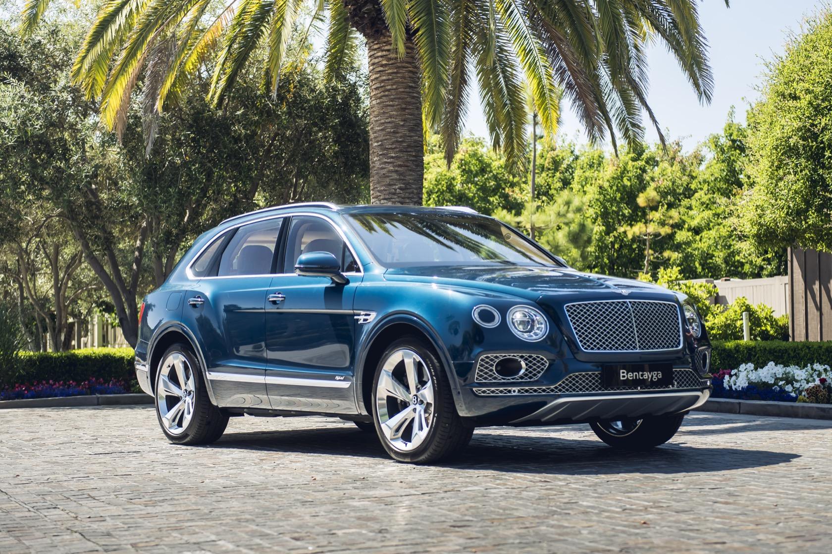 Известна дата обновления Bentley Bentayga в РФ