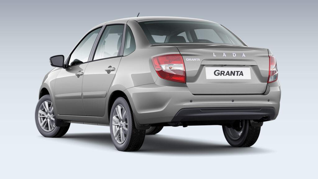 Lada Granta седан, вид сзади