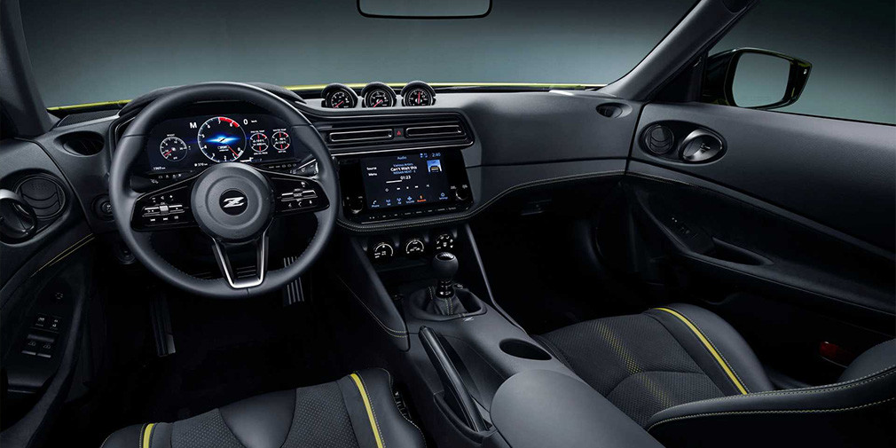 Салон Nissan Z Proto