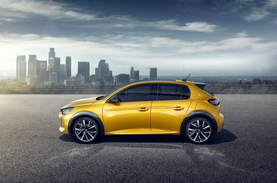 В этот раз лидером стал субкомпактный автомобиль второго поколения Peugeot 208