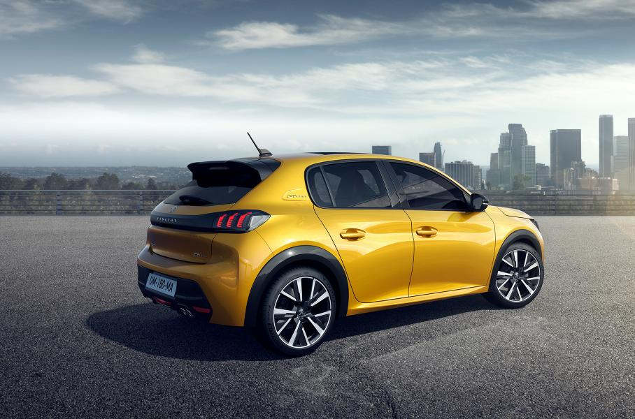 В 2002 году победу Peugeot принесла модель 307, в 2014 году – 308, а в 2017 году – кроссовер 3008