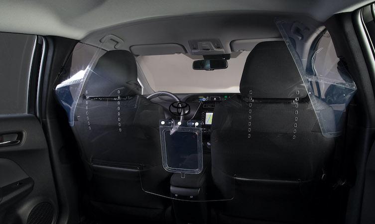 Toyota начала производство защитных экранов для борьбы с коронавирусом