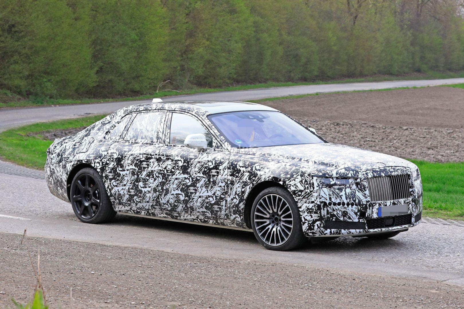 Компания Rolls-Royce рассказала о новой уникальной опции, на создание которой ушло 2 года