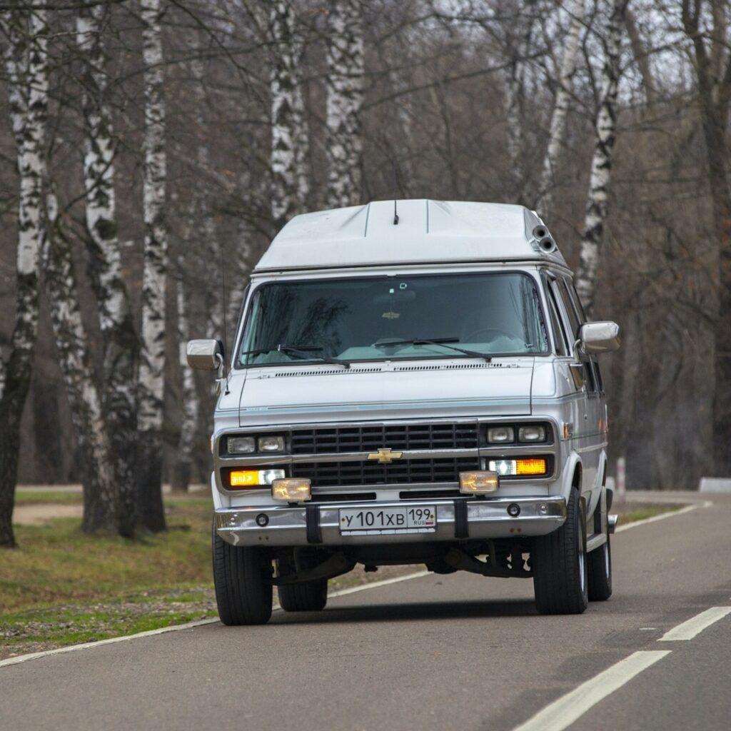 Американский минивэн для российских семей - Chevrolet Chevy Van