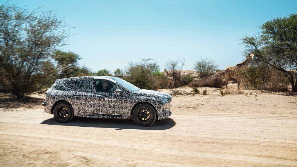 В 2018 году был представлен концепт автомобиля на электротяге BMW iNext, его серийная версия, теперь известно, что она будет называться iX, станет новым технологическим флагманом концерна