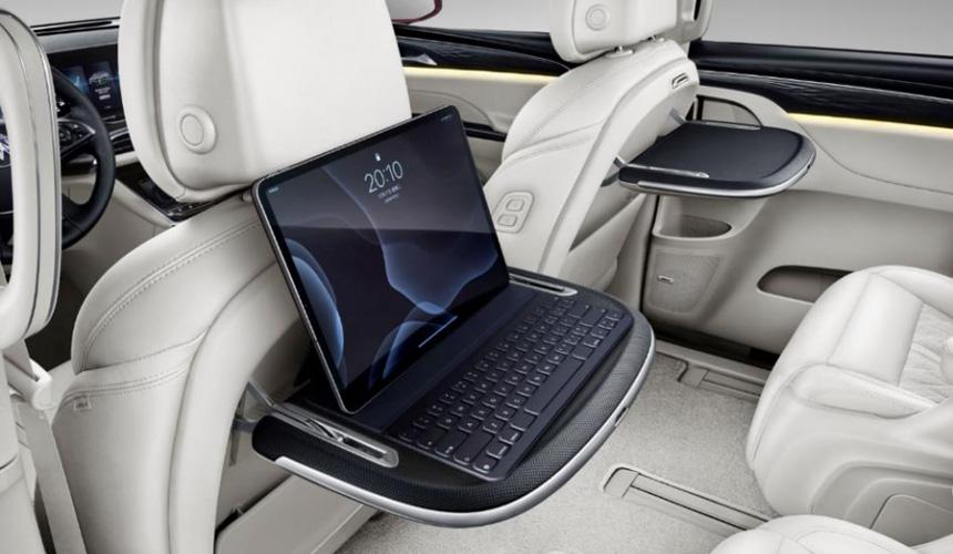 Также с помощью этой функции автомобиль сможет произвести запуск двигателя и автоматически включить настройки «под водителя», например положение кресла, руля и прочее