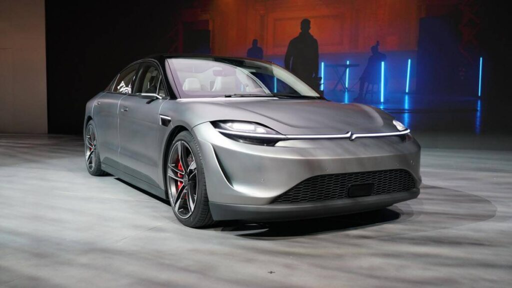 Интересный факт, что в продажу данный автомобиль может так и не поступить