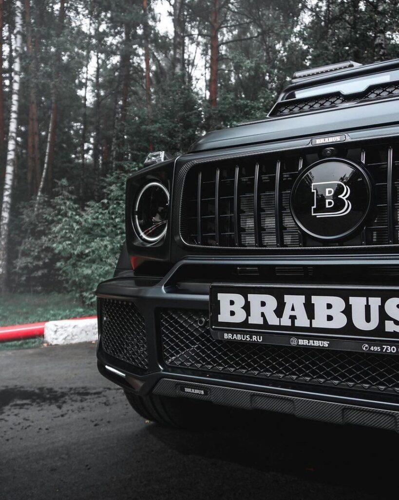 Mercedes-Benz Gelendwagen BRABUS G800 - черная ракета
