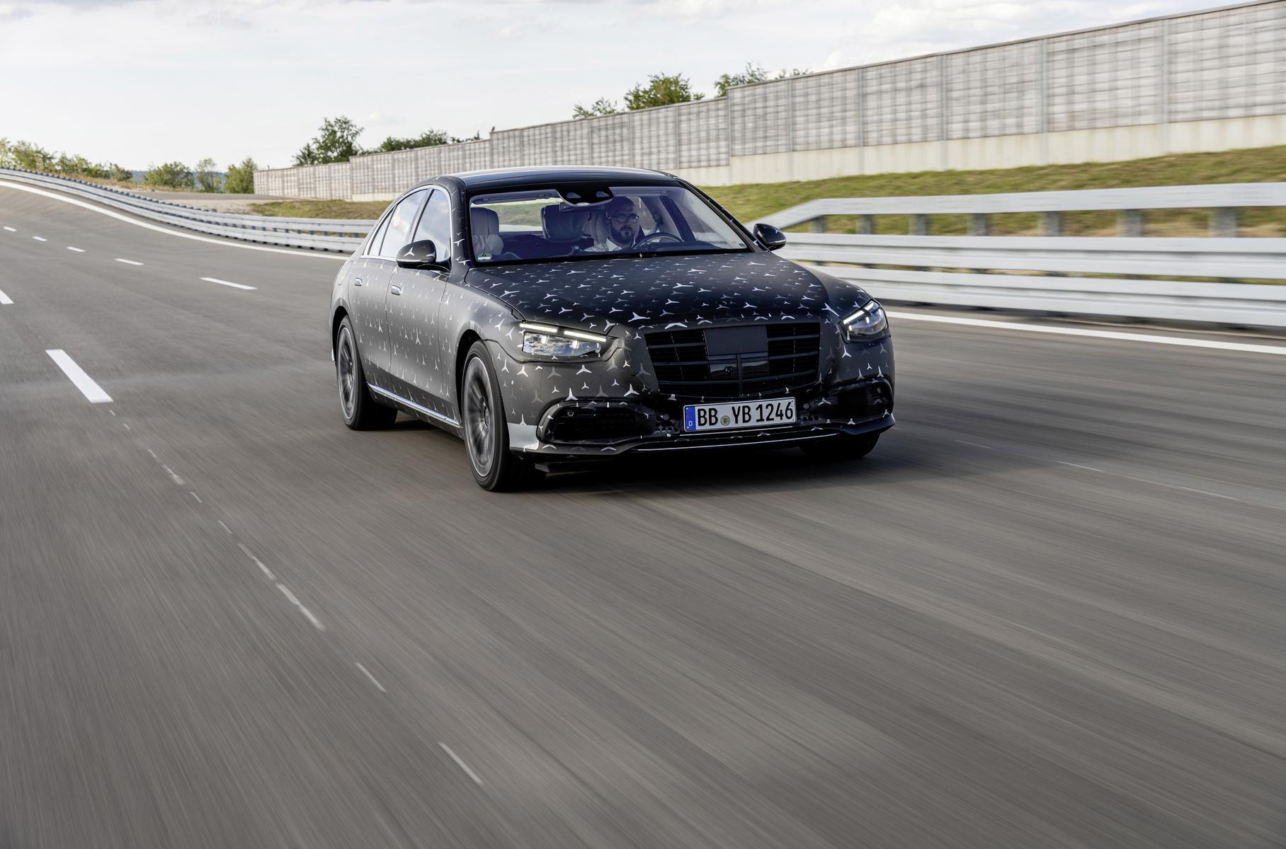 Mercedes-Benz S-Class получит инновационную гидропневматическую подвеску