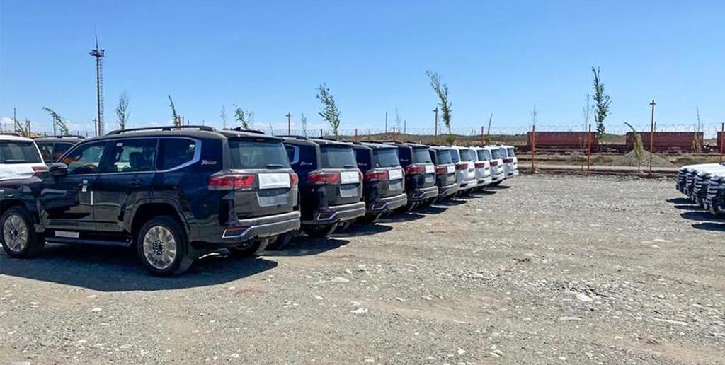 Toyota Land Cruiser 300 в Казахстане