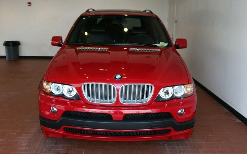 BMW X5 2006 года выпуска продается за 3,7 млн рублей