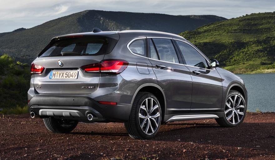 BMW X1, вид сзади