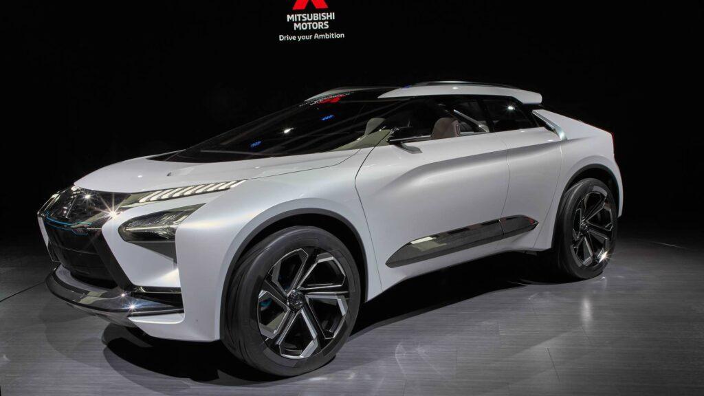 Сообщается, что по технической начинке он будет максимально похож на модель Nissan Ariya
