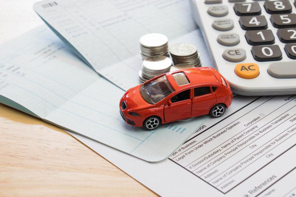В РФ владелец автомобиля, который у него арестовали и позже продали в соответствии с процедурой за долги, освобождается от уплаты транспортного налога
