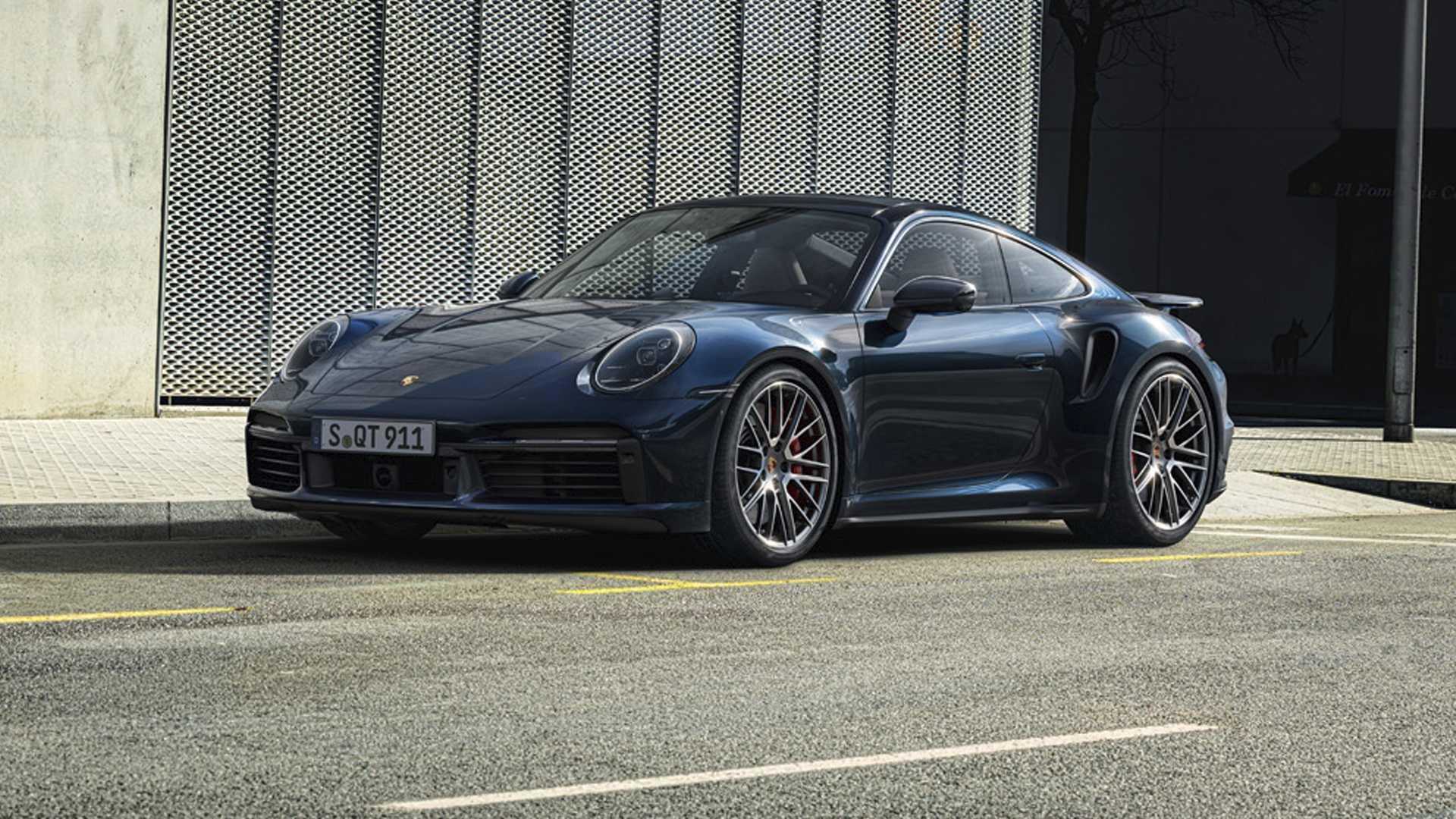 Несколько дней назад компания Porsche анонсировала новый 911 Turbo в кузовах кабриолет и купе. Двигатель у них остался все тот же, объемом 3.8 литра, с турбиной, а вот мощность была уменьшена до 580 л.с.