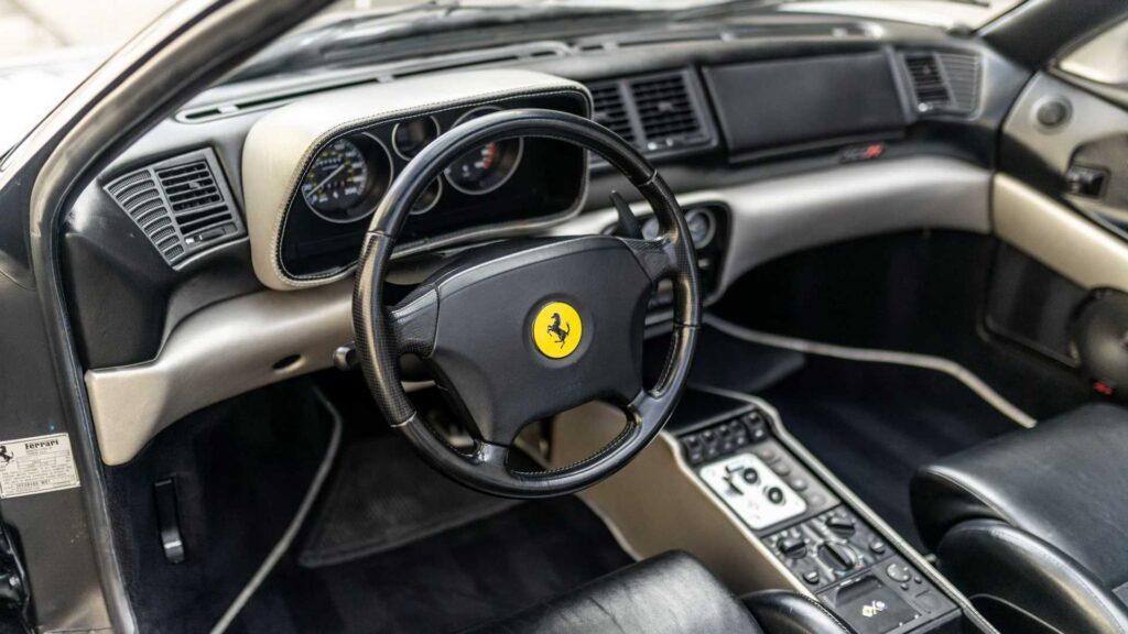 Салон Ferrari F355
