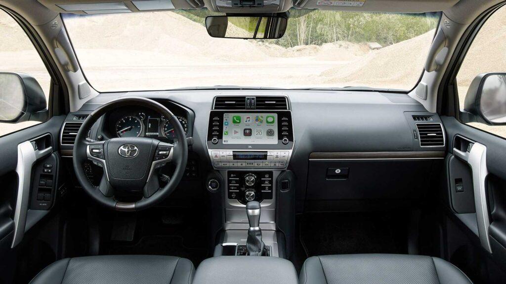 Салон Toyota Land Cruiser Prado