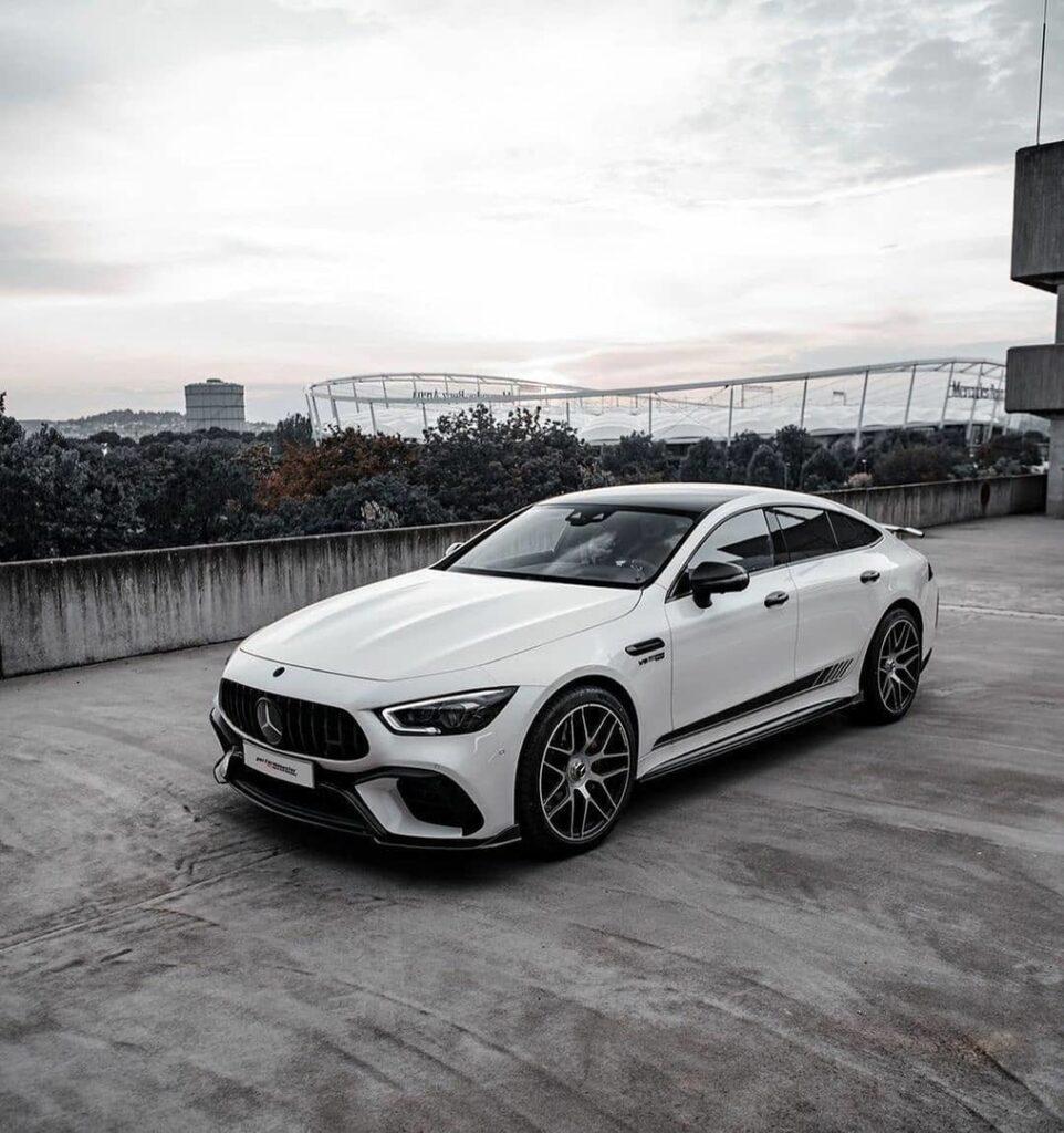 Mercedes-AMG GT63 S - быстрый словно АМГ